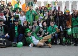 По центру Одессы парадом прошли ирландцы
